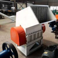Densified EPS shredder for recycling cold compacted EPS bricks